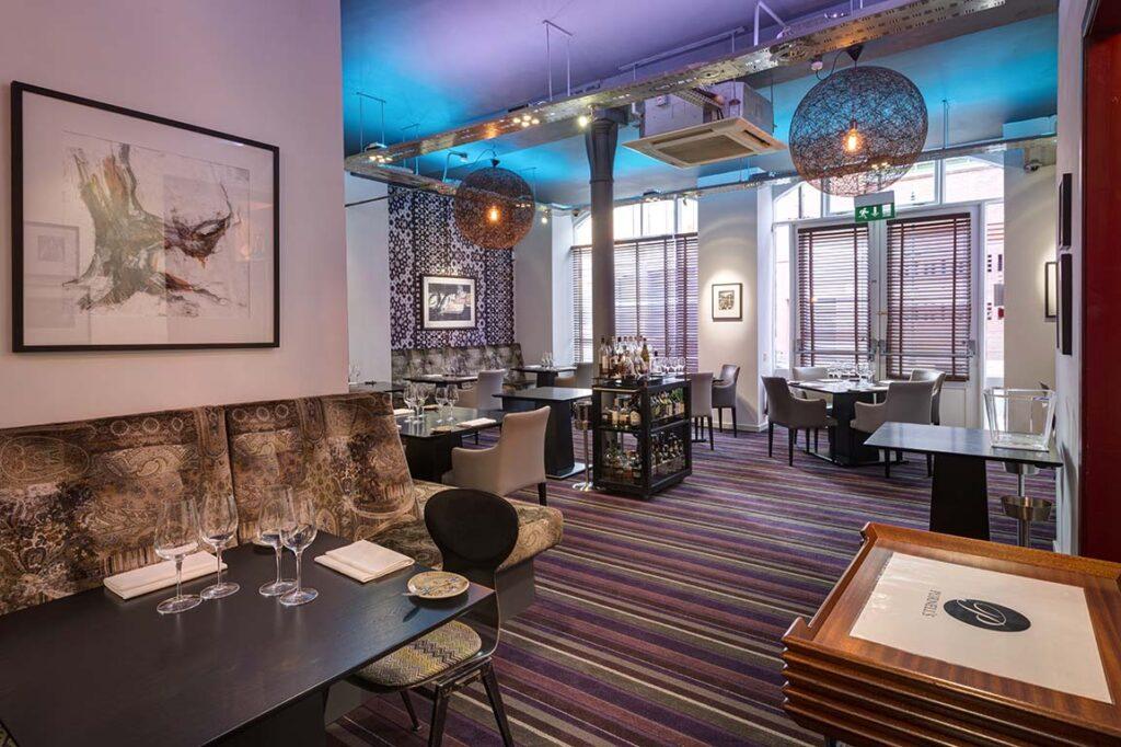 Purnells restaurant Dining Area