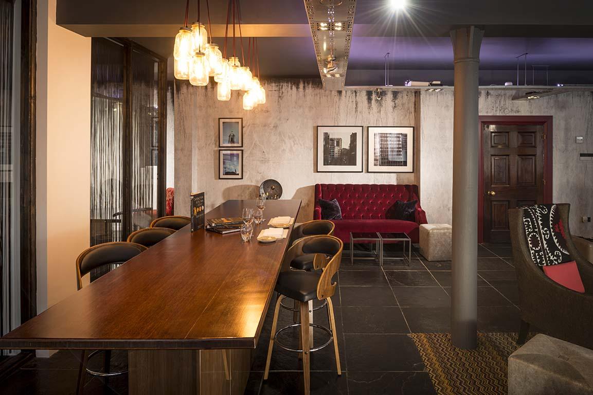 Purnells Restaurant Inside